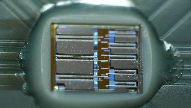 تراشههای اپتوالکترونیک در رایانه های جدید